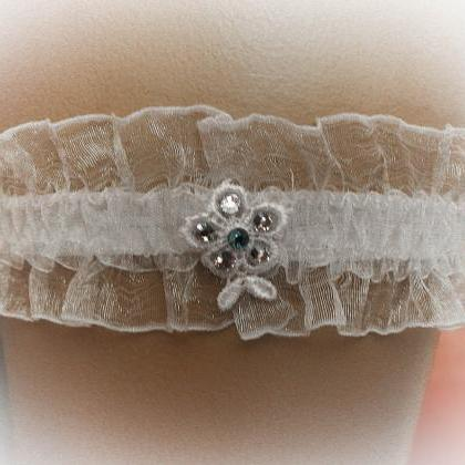 Lace Wedding Garter Set with Swarov..
