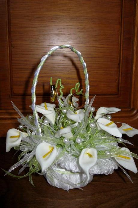 Ring Bearer Wedding Basket 'White Calla', Ring Boy Basket, Wedding Ring Holder, White Calla Lily, Lilies