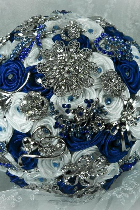 Blue and White Wedding Brooch Bouquet, Bridal Bouquet, Rose Bouquet, Silk Wedding Bouquet, Bridesmaid Bouquet, Brides Bouquet